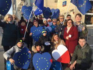 #Walentynki 💙💛- My kochamy Polskę i kochamy Europę.